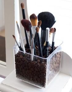 Make-up holder