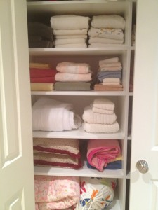Organizing Linens. Today let's look at bed and bath linens.