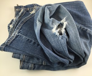 Jeans, Pants and Shorts. Today we will take the next step and sort through the clothing for the bottom half.