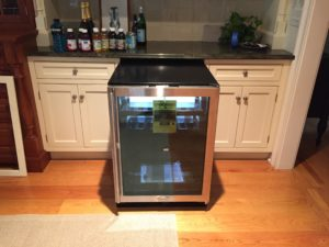 refrigerator that doesn't fit into its space